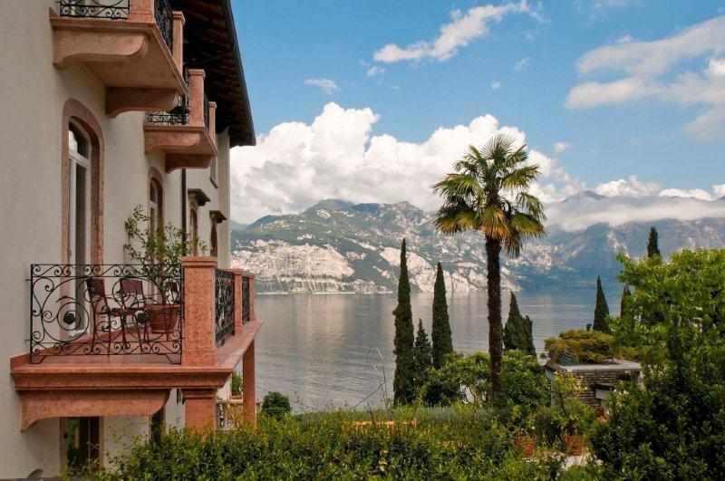 Lake Garda Hotel BELLEVUE SAN LORENZO