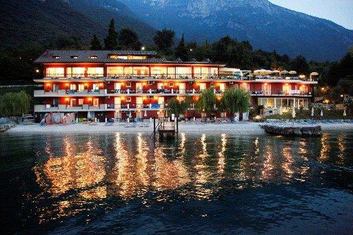 Lake Garda Hotel VILLA MONICA