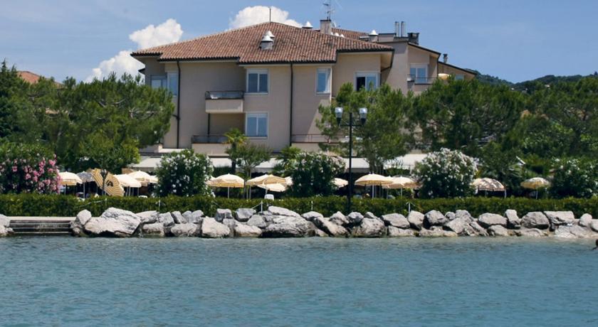 Lake Garda Hotel DU LAC ET BELLEVUE