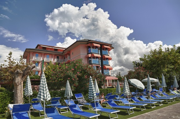 Lake Garda Hotel KRISS INTERNAZIONALE