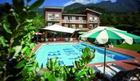 Lake Garda Hotel AMBIENTHOTEL LUNA ROSSA