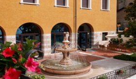 Lake Garda Hotel GARDA FAMILY HOUSE