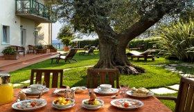 Gardasee Hotel CAMPAGNOLA