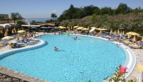 Lake Garda Hotel LE TORRI DEL GARDA FAMILY & SPA RESORT
