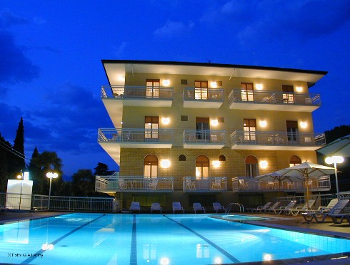 Hotel BENACUS | Torri del Benaco