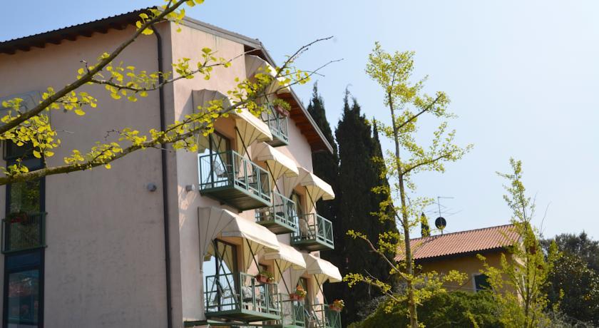 Hotel VILLA CARLOTTA | Torri del Benaco