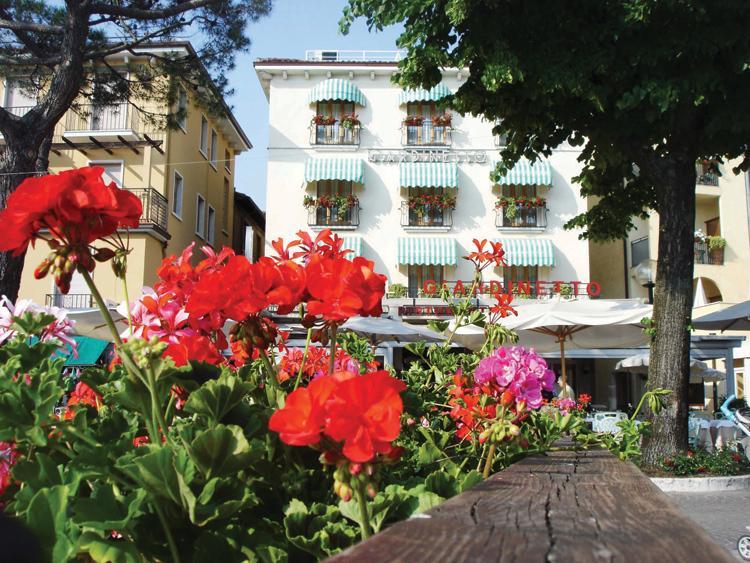 Hotel GIARDINETTO   Garda