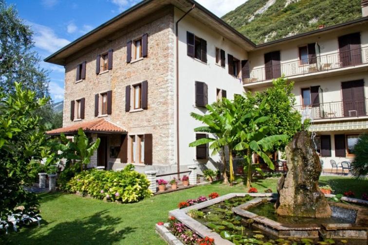 Hotel SAN CARLO | Malcesine