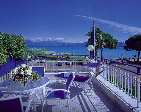 Hotel CRISTALLO | Peschiera del Garda